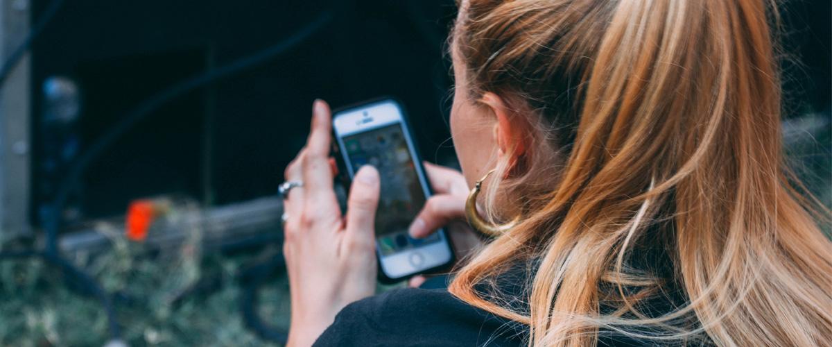 ¿Cómo hacer una recarga Claro en tu celular?